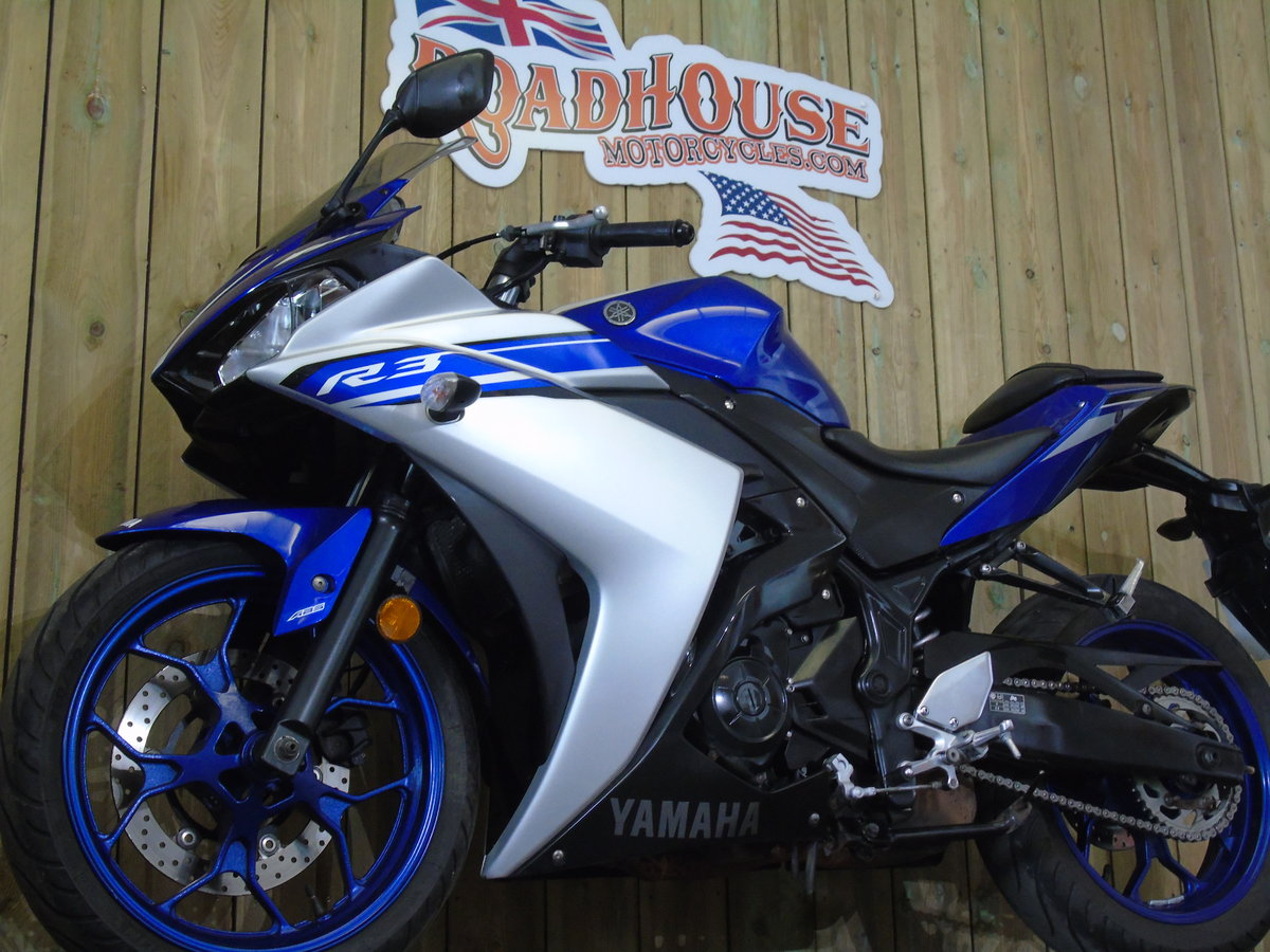 Yamaha YZF R3 2016 ABS One Owner From New Service History  For Sale (picture 6 of 6)