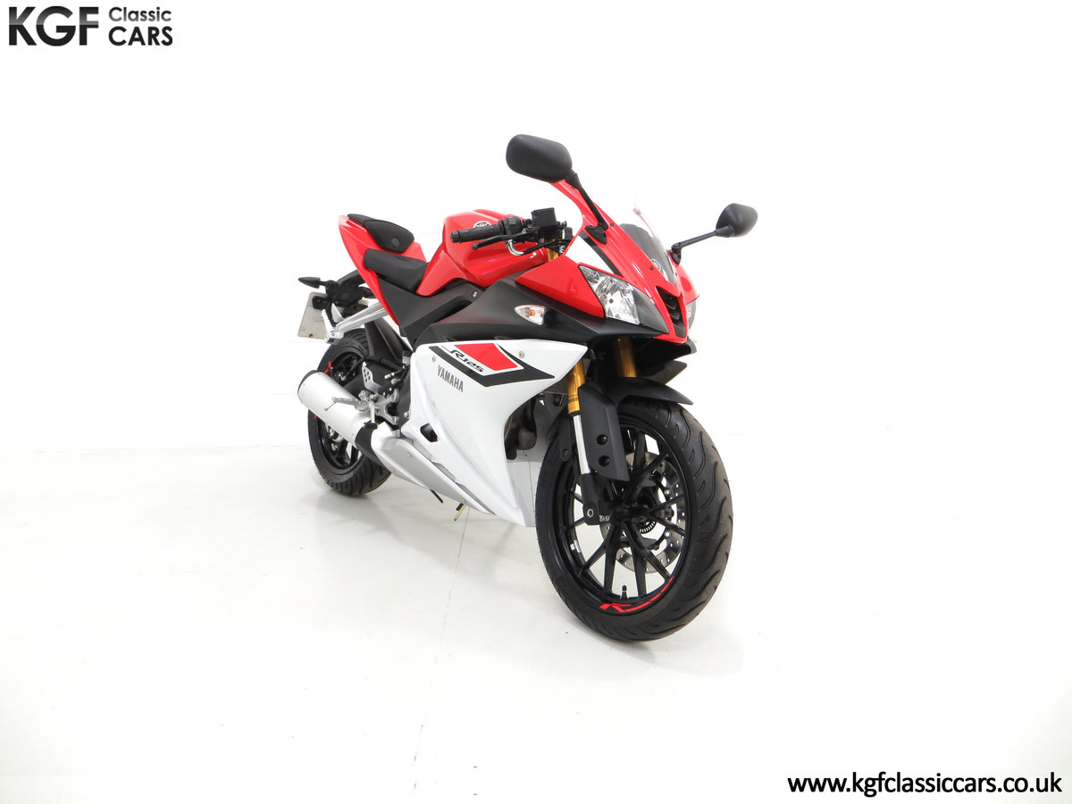 2016 A Race-Bred Yamaha YZF-R125 with Just 382 Miles SOLD (picture 1 of 6)