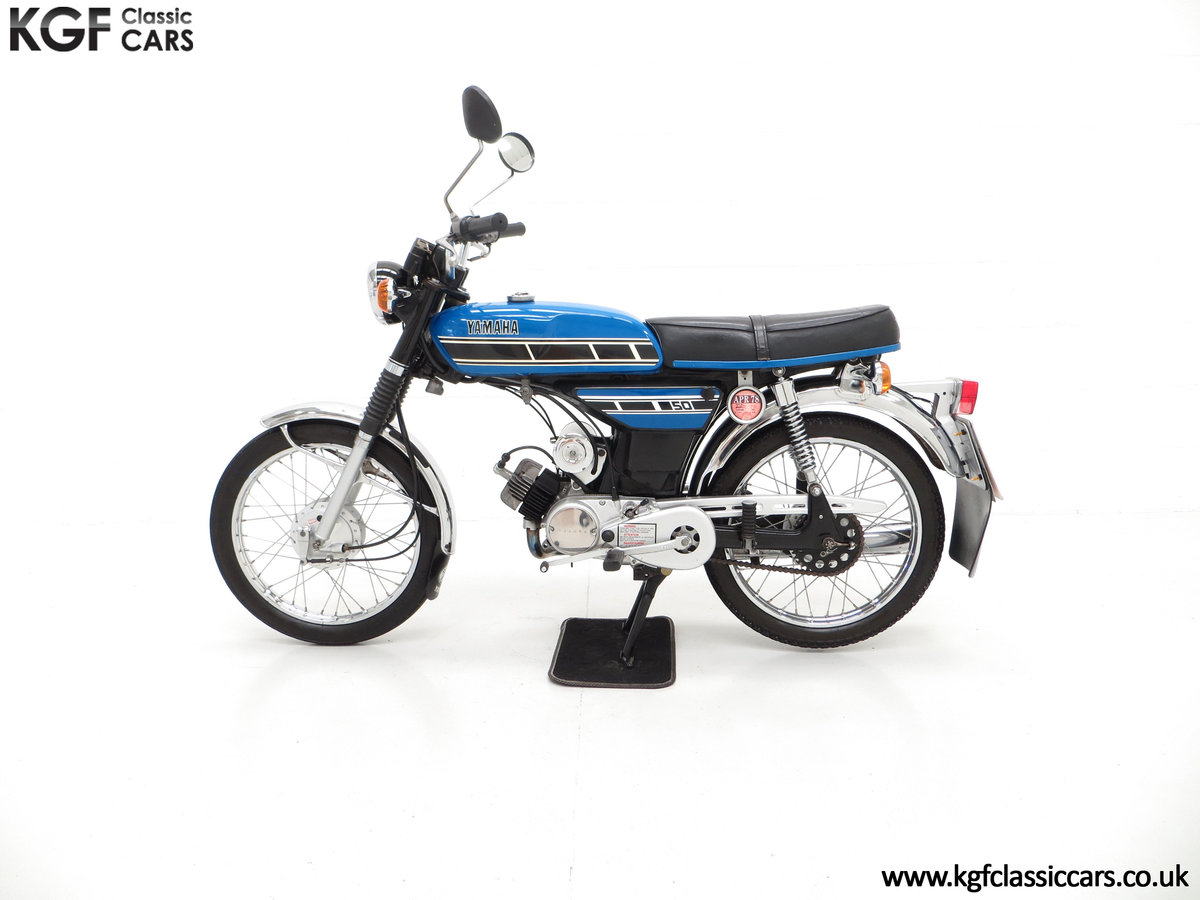 1977 An Outstandingly Original Matching Numbers UK Yamaha FS1-E SOLD (picture 3 of 6)