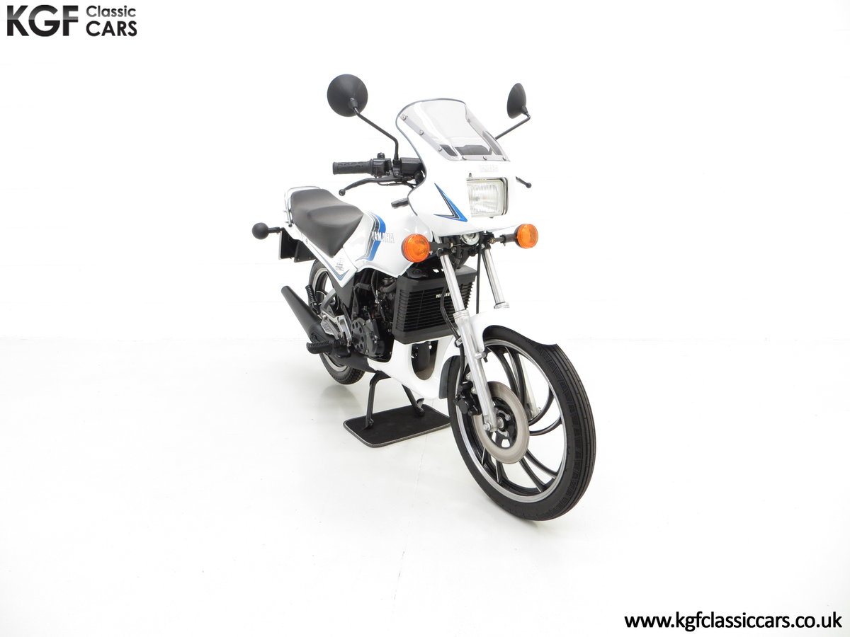 1984 An Iconic two-stroke UK Yamaha RD125LC with Matching Numbers For Sale (picture 1 of 6)