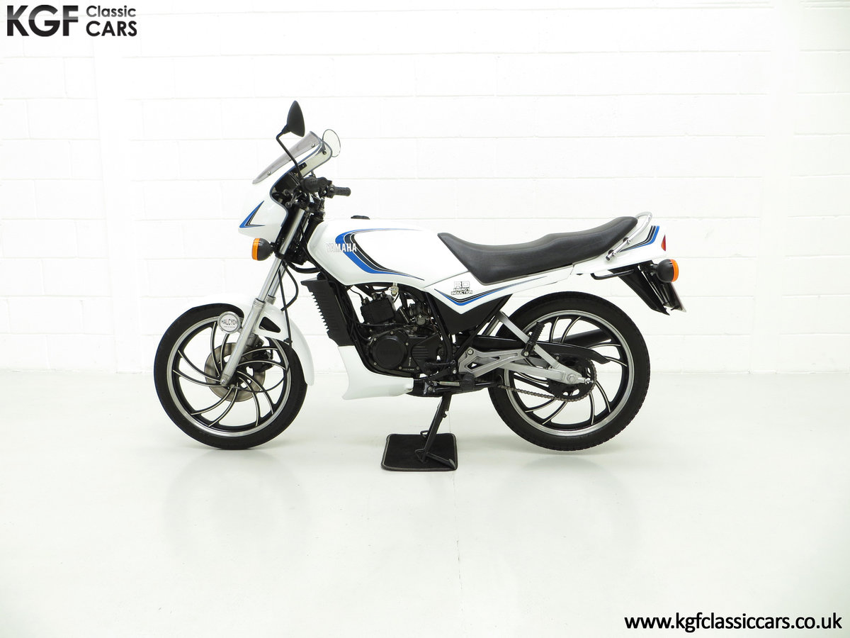1984 An Iconic two-stroke UK Yamaha RD125LC with Matching Numbers SOLD (picture 3 of 6)