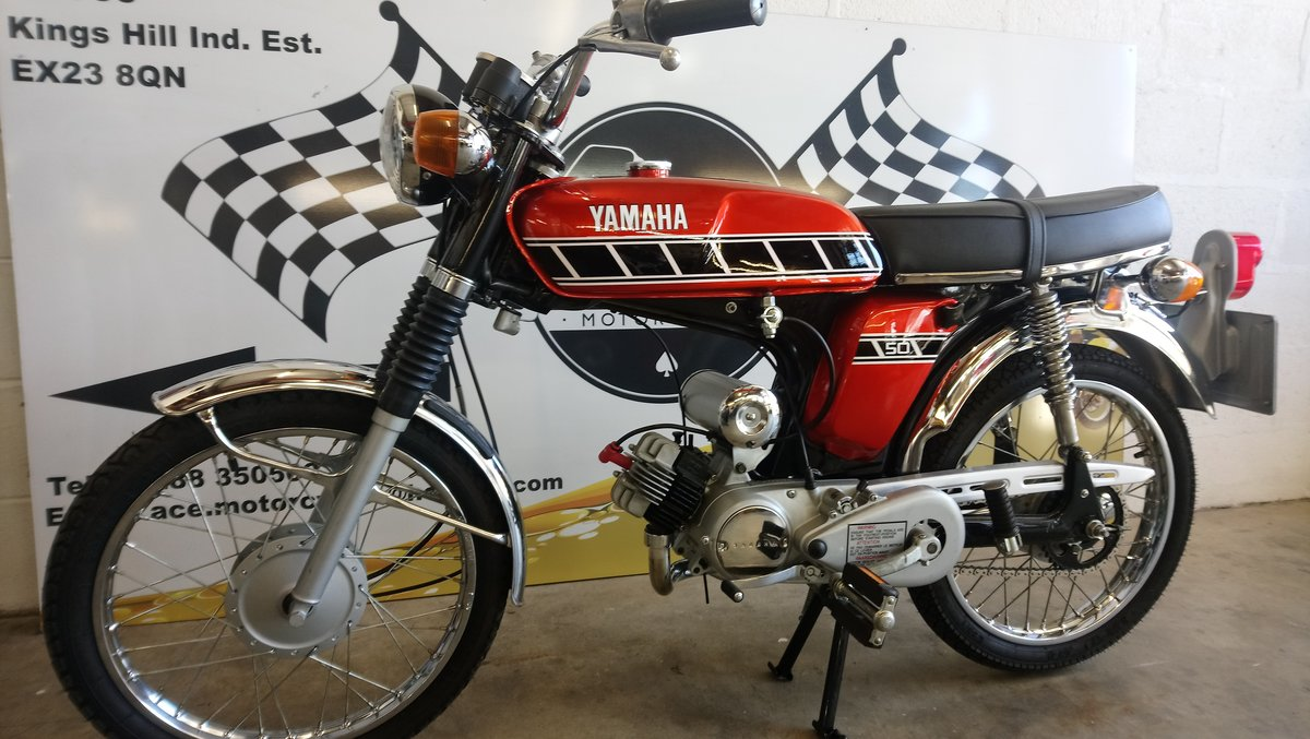 1975 Yamaha FS1E - *MINT CONDITION* SOLD (picture 1 of 6)