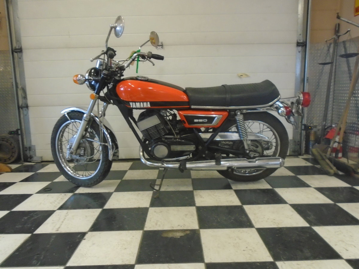 1971 Yamaha R5 350 Running Project Bike For Sale (picture 2 of 4)