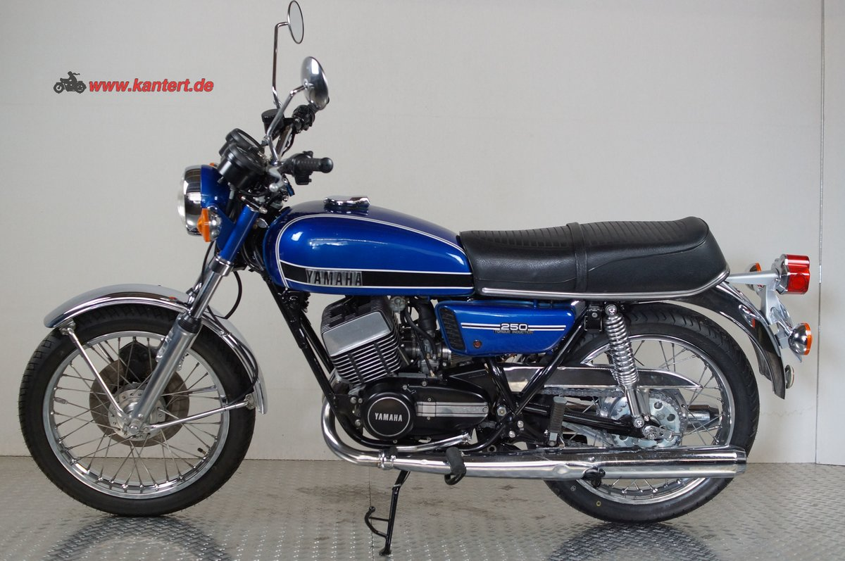 1974 Yamaha RD 250 type 352 with 350 cc engine For Sale (picture 1 of 6)