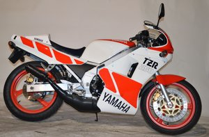 1989 Yamaha TZR 250 For Sale