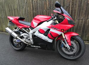 Yamaha YZF 1000 R1 2002 UK Model Excellent Condition MOT PX