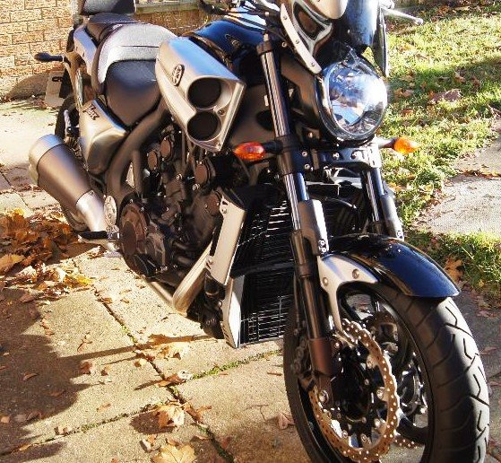 Yamaha V Max 1700 Custom 2010 805 Miles Extras  SOLD (picture 4 of 6)