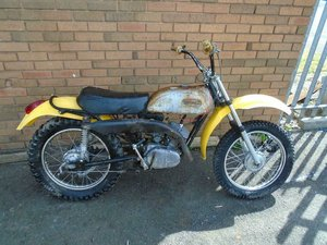 YAMAHA AT1 MX DT 125 MOTORBIKE (1970) YELLOW