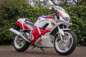 1991 Yamaha FZR 1000 EXUP  only 9k miles