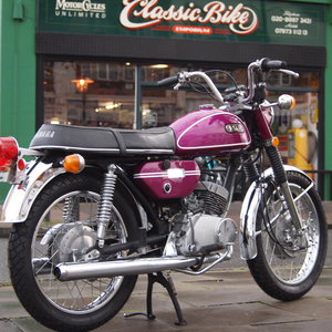 1971 Yamaha CS3 200 Electric Two Stroke Twin 70's Classic. For Sale