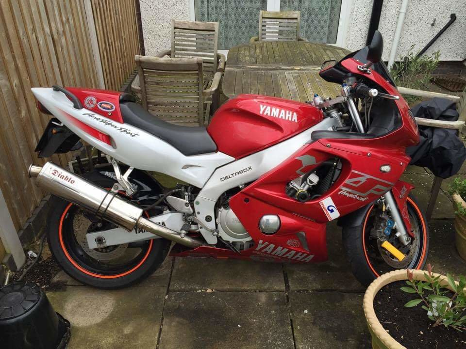 2002 Yamaha Thundercat YZF600 R *NO MOT* LIGHT PROJECT For Sale (picture 1 of 1)