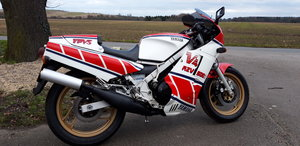 1986 Yamaha RZV 500R YPVS SOLD