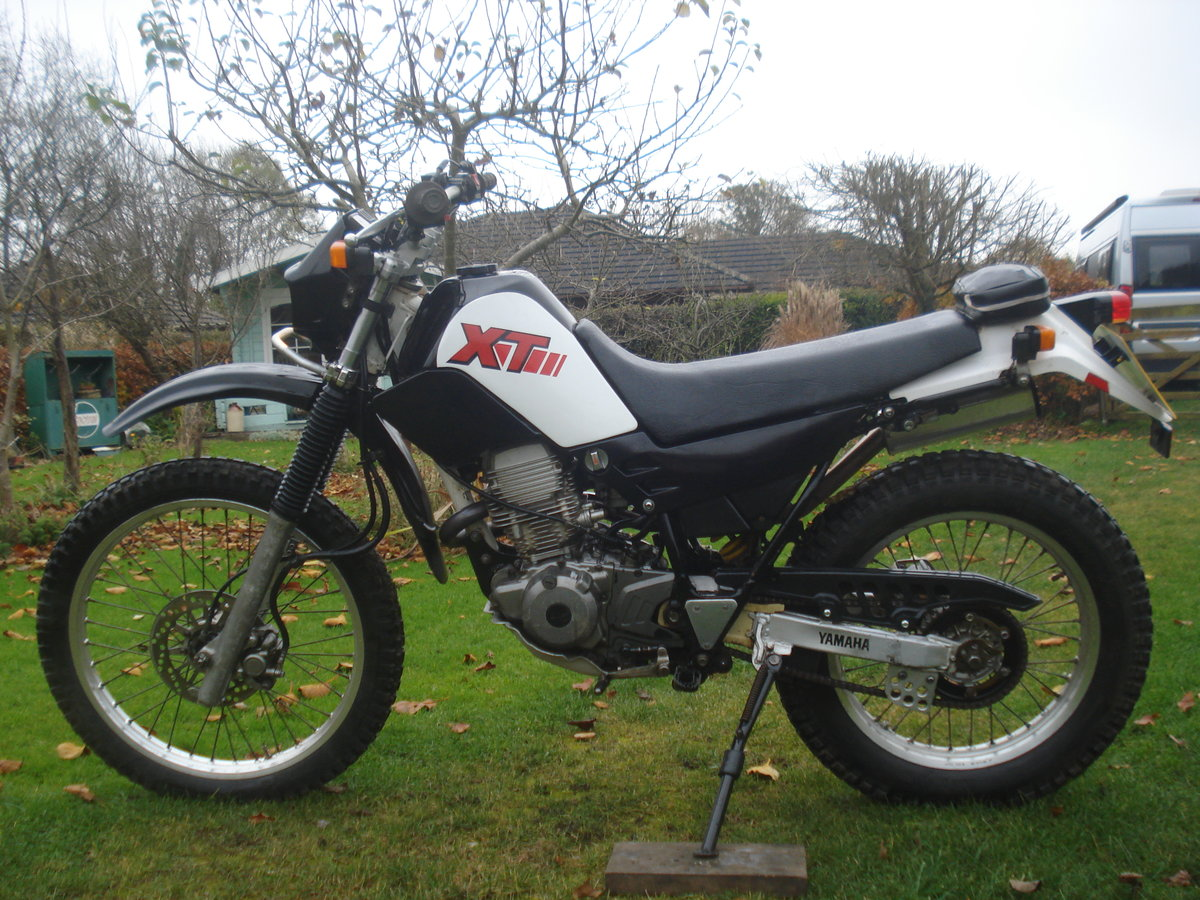 1995 Yamaha XT 225 Serrow SOLD (picture 1 of 4)