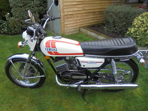 1975 yamaha rd350 -pristine- low milage For Sale