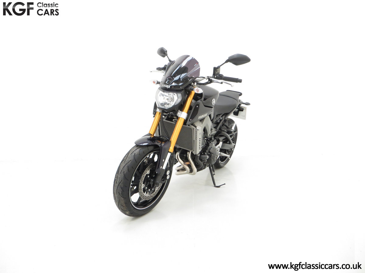 2016 A Stunning Yamaha MT-09 Triple with Just 2,205 Miles For Sale (picture 2 of 6)
