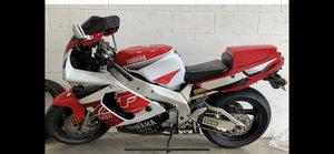 1997 Yamaha yzf 750r