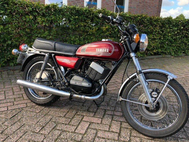 YAMAHA RD250-350 1975 IN VERY NICE CONDITION For Sale (picture 1 of 6)