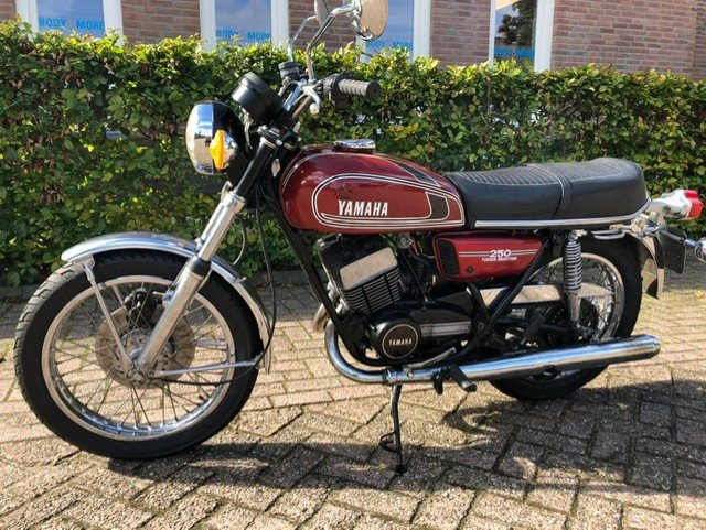 YAMAHA RD250-350 1975 IN VERY NICE CONDITION For Sale (picture 2 of 6)