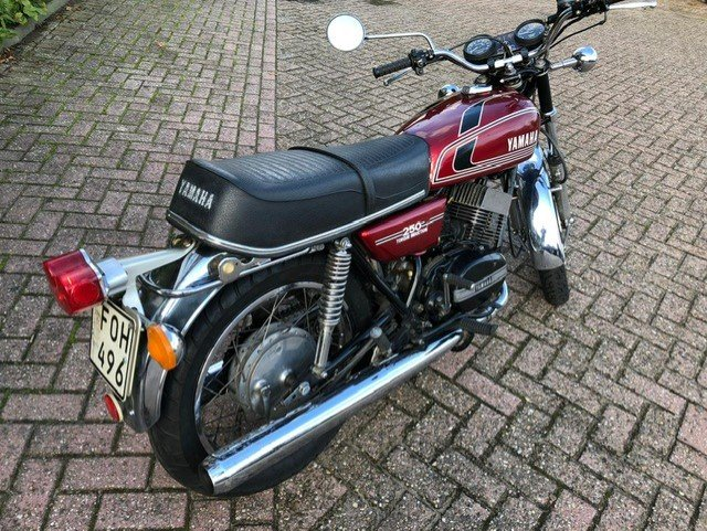 YAMAHA RD250-350 1975 IN VERY NICE CONDITION For Sale (picture 5 of 6)