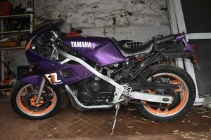 1993 Yamaha FZ 400/4 06/05/20 SOLD by Auction