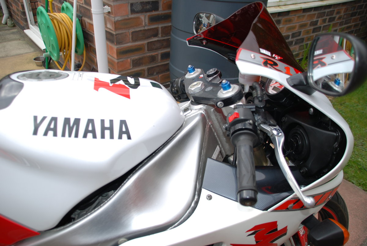 1998 YAMAHA YZF R1  For Sale (picture 5 of 6)