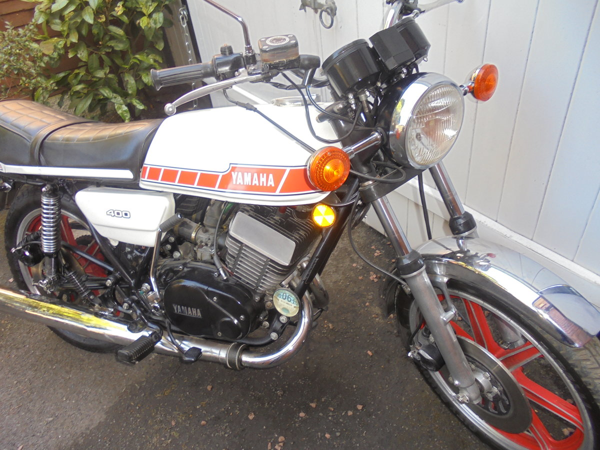 1980 yamaha rd400e immaculate SOLD (picture 3 of 6)
