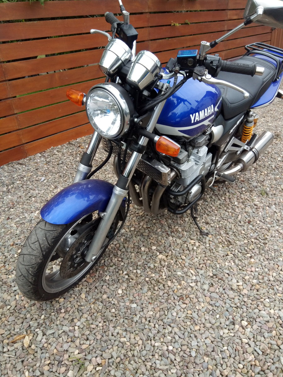 2000 Yamaha XJR 1300 For Sale (picture 2 of 6)