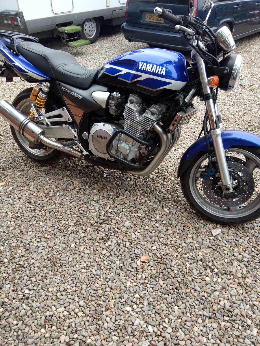 2000 Yamaha XJR 1300 For Sale (picture 3 of 6)