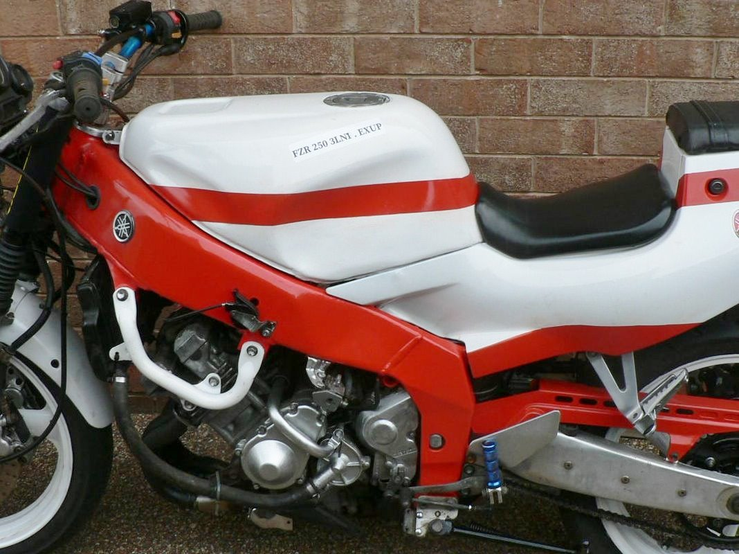 1990 Yamaha 250 X 4cylinder Exup. 45bhp. Get noticed.  For Sale (picture 6 of 6)