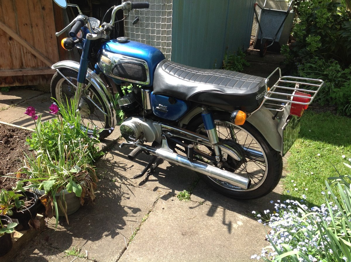 1968 Yamaha 125cc Twin AS1 SOLD (picture 1 of 6)