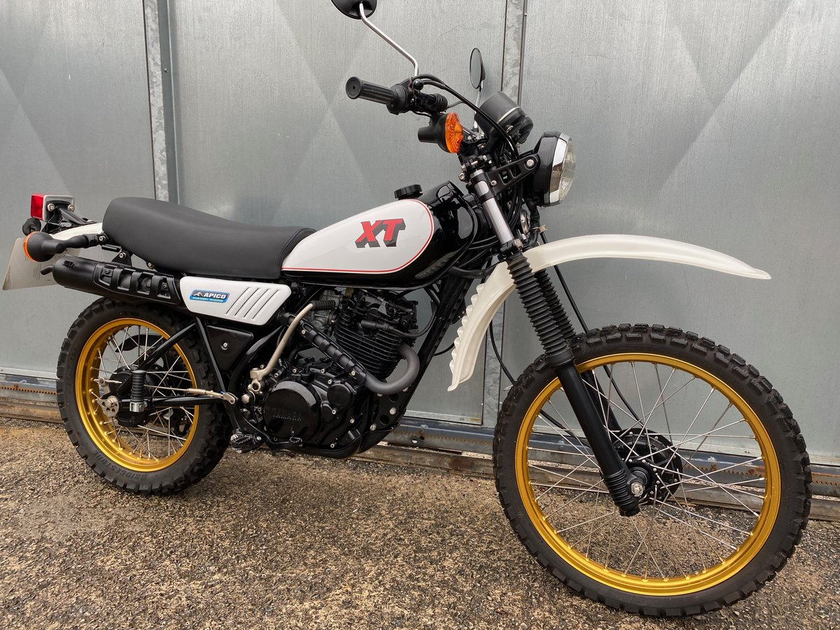 1981 YAMAHA XT 250 TRAIL ENDURO ACE BIKE £5195 OFFERS PX 500 350 For Sale (picture 1 of 5)