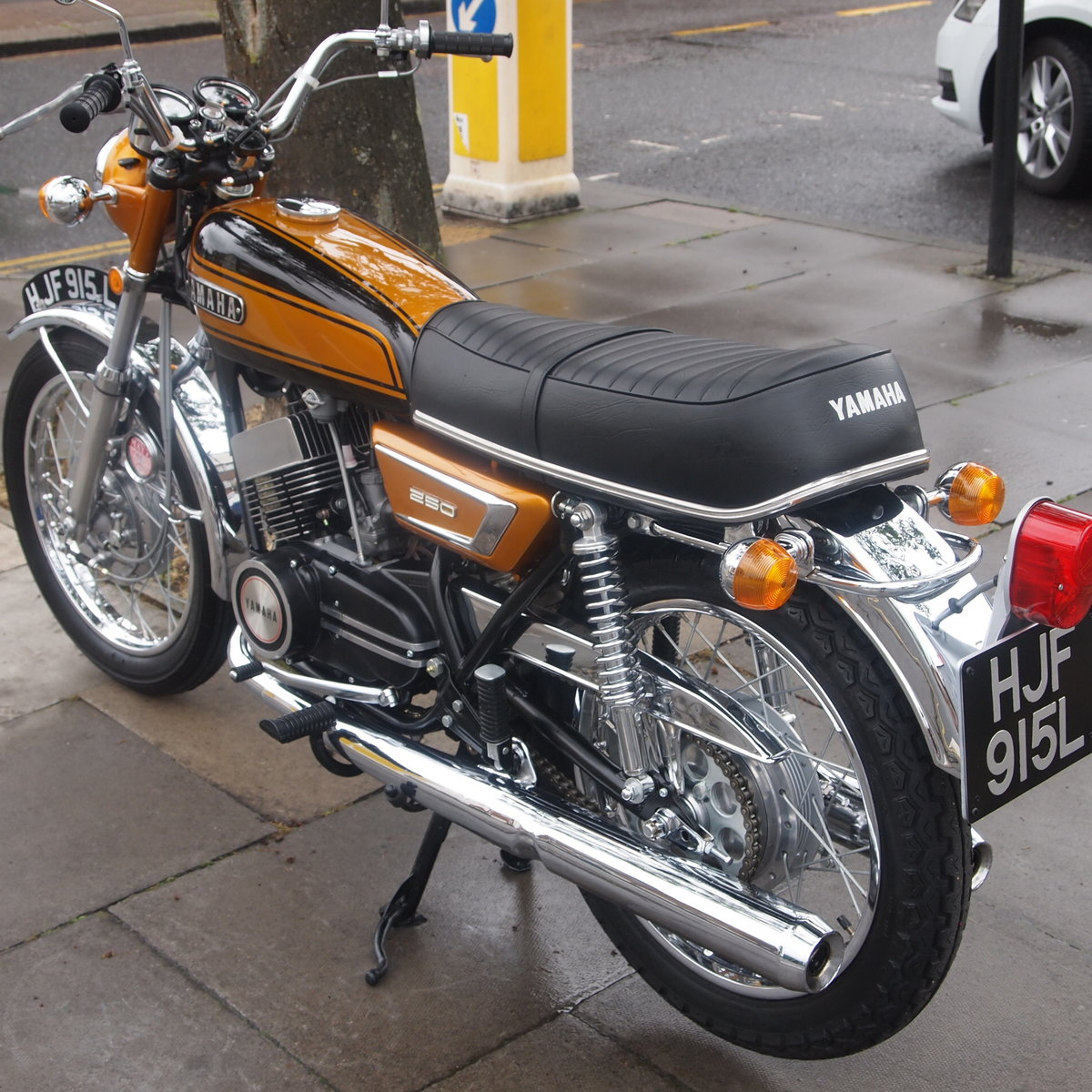 1973 Yamaha YDS7 250 In Concours d'Elegence Condition, BEST. SOLD (picture 6 of 6)