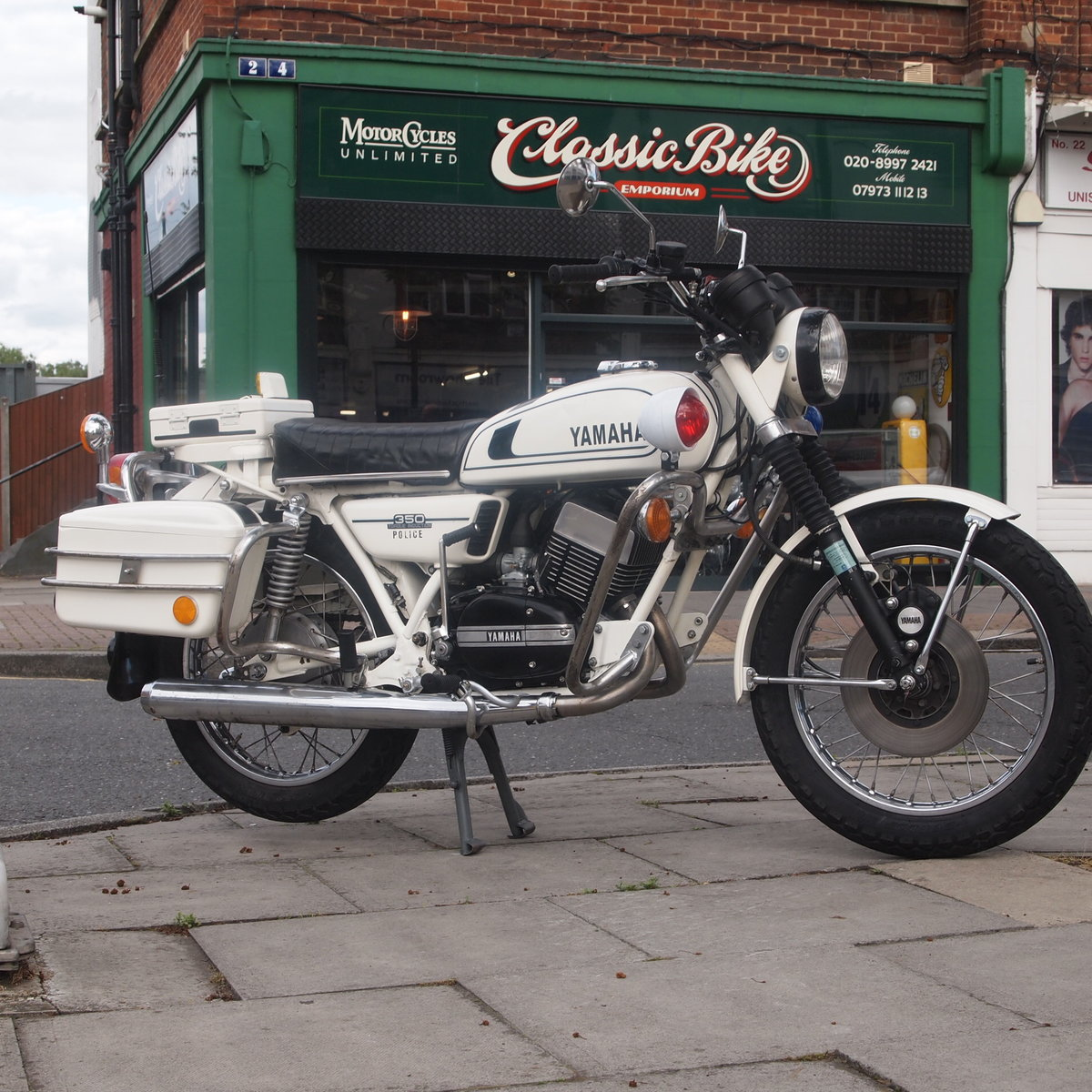 1974 Genuine RD350 Malaysian Police Bike, Super Torque Cool : ) For Sale (picture 1 of 6)
