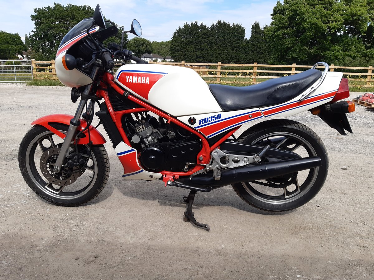1983 Yamaha RD350lc YPVS SOLD (picture 1 of 6)