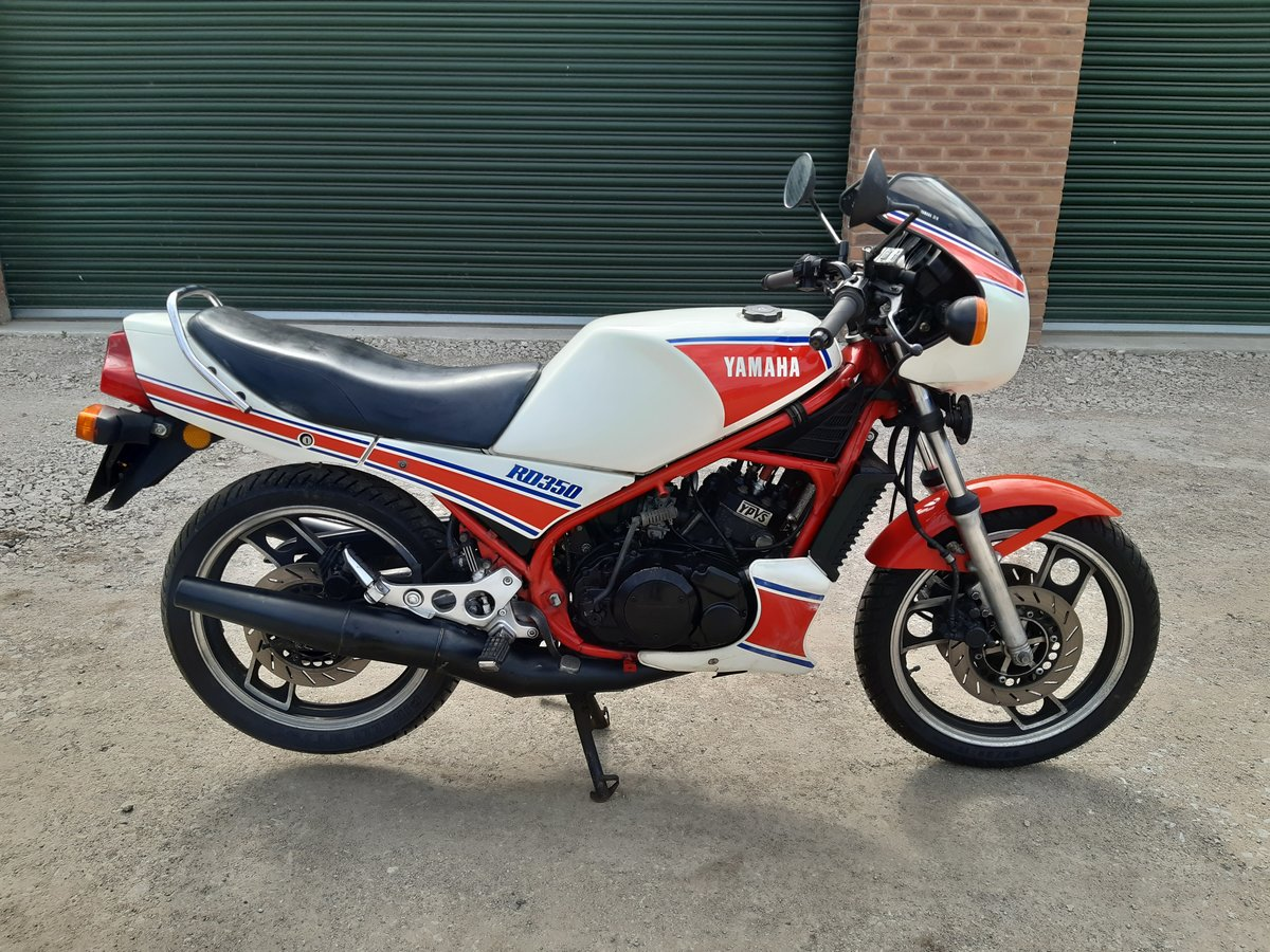 1983 Yamaha RD350lc YPVS SOLD (picture 2 of 6)