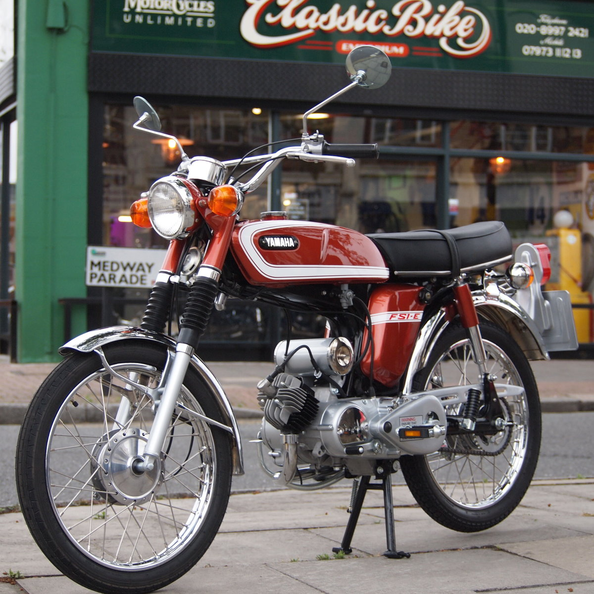 1975 Yamaha FS1E Genuine Rare UK Pedal Moped, Like New. For Sale (picture 4 of 6)