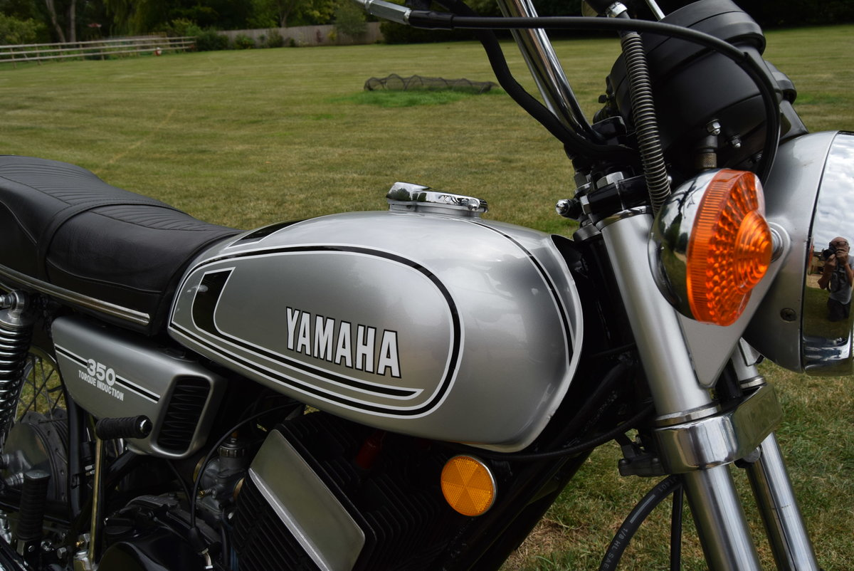 1973 Yamaha RD350 in Silver Dust Colour SOLD (picture 1 of 6)