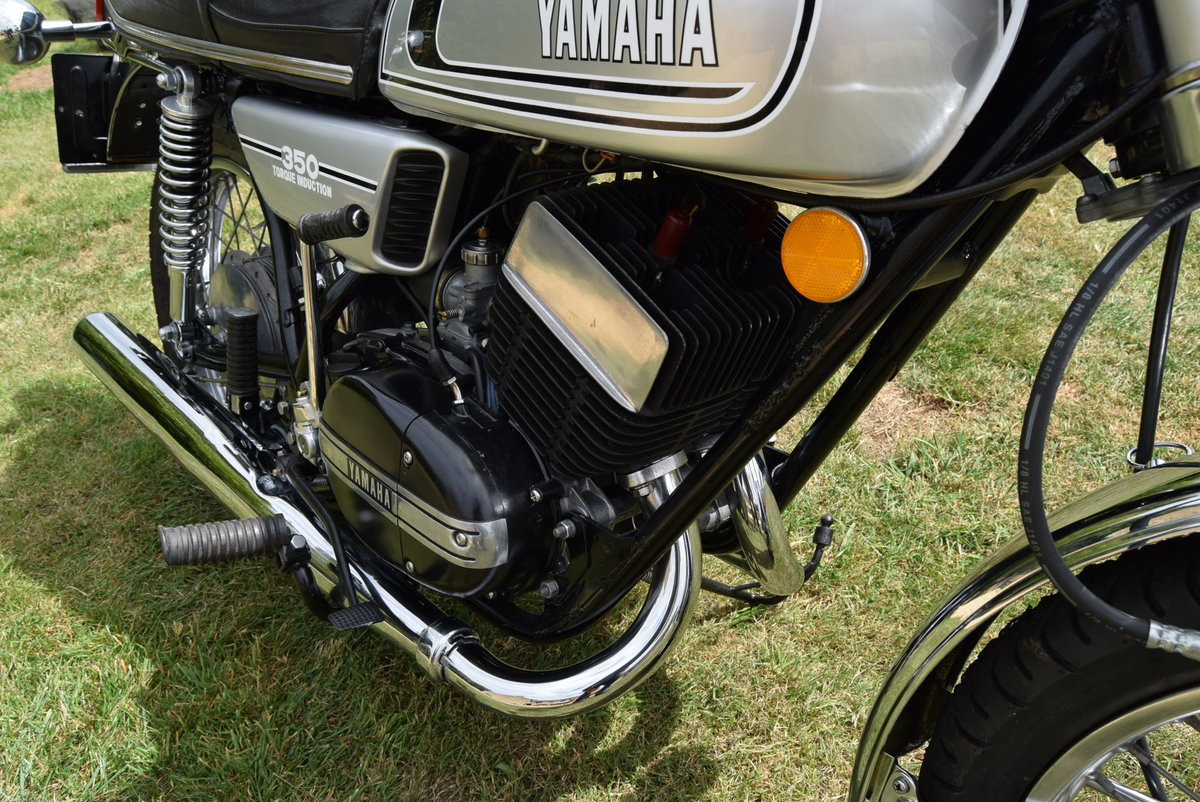1973 Yamaha RD350 in Silver Dust Colour SOLD (picture 2 of 6)