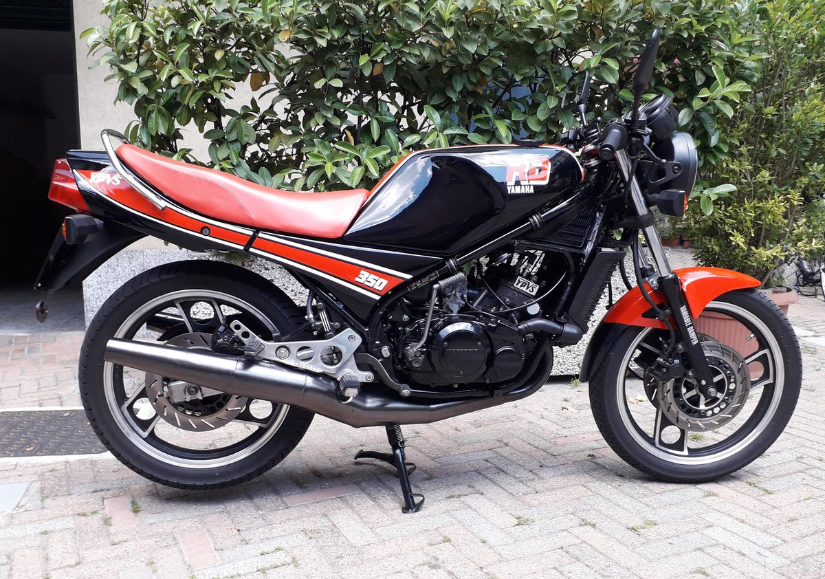 1985 Yamaha RD350 N YPVS SOLD (picture 2 of 6)