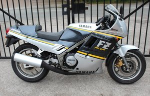 Picture of 1988 Yamaha FZR 750 cc Genesis  For Sale