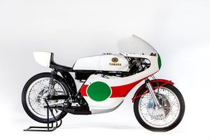 1974 YAMAHA TZ350B RACING MOTORCYCLE (SEE TEXT) (LOT 695)