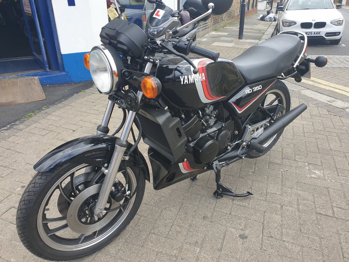 1982 Yamaha RD350LC ******* Provisionally SOLD ******  SOLD (picture 3 of 6)