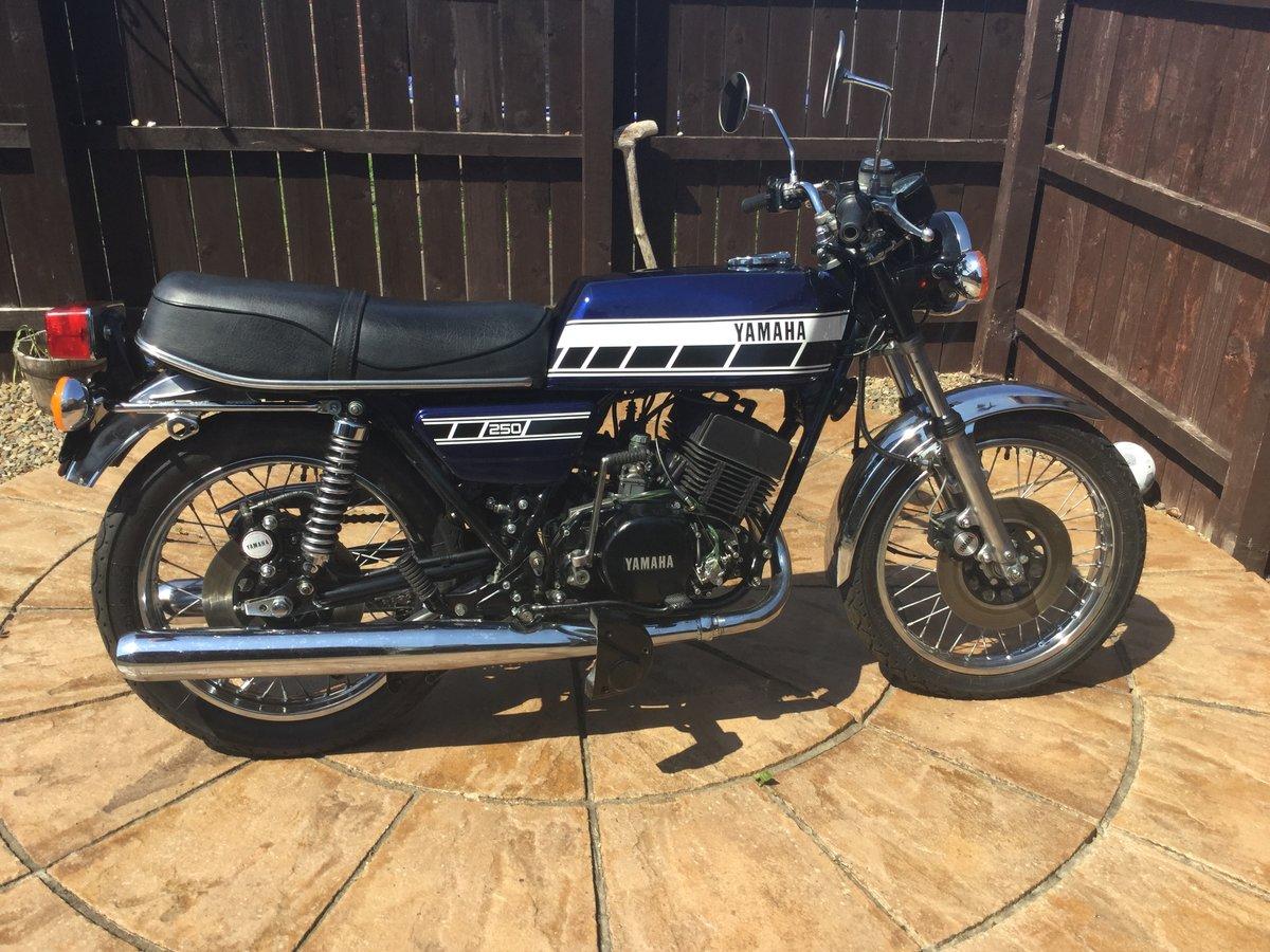 Yamaha RD250C