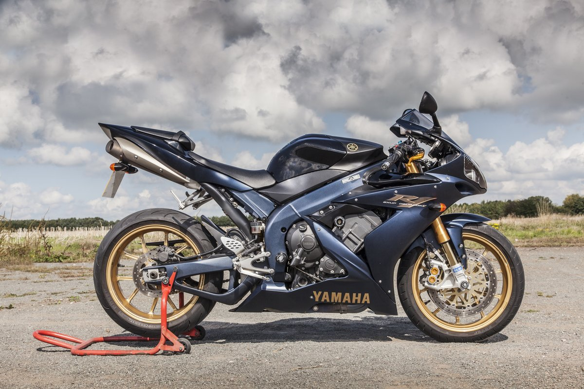 """2006 Limited Edition weapon - """"Performance Bikes"""" For Sale (picture 2 of 6)"""