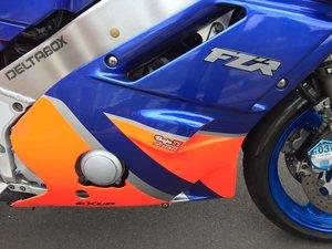 YAMAHA FZR400 exup