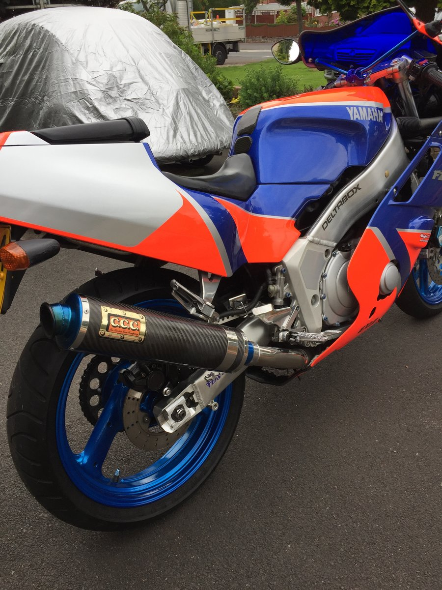 1989 YAMAHA FZR400 exup For Sale (picture 4 of 6)