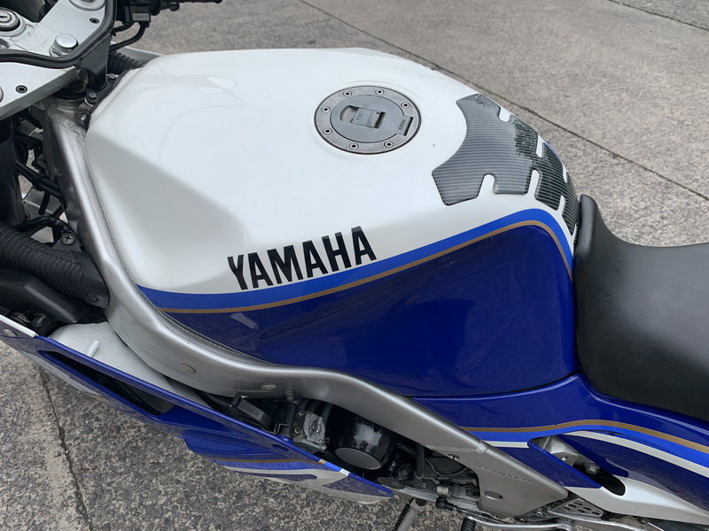 1987 YAMAHA FZR1000 GENESSIS For Sale (picture 3 of 6)