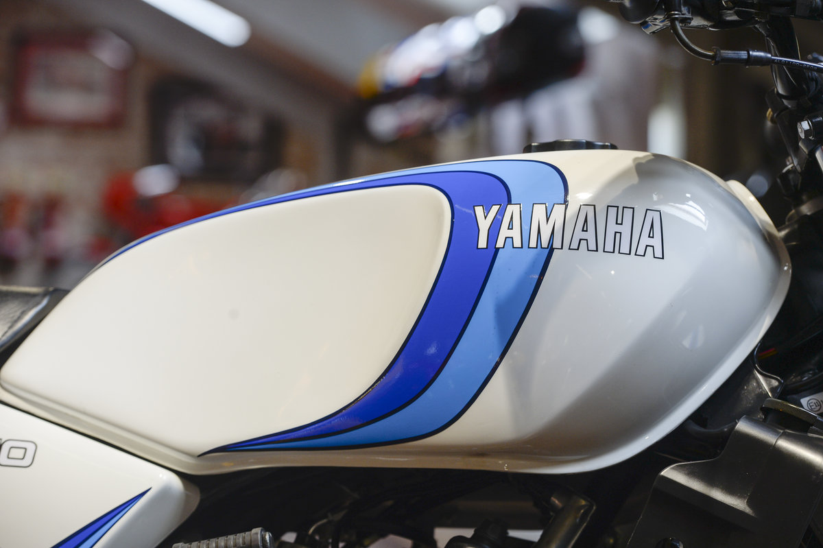 1981 Yamaha RD350LC Stunning Concours Restoration For Sale (picture 4 of 6)