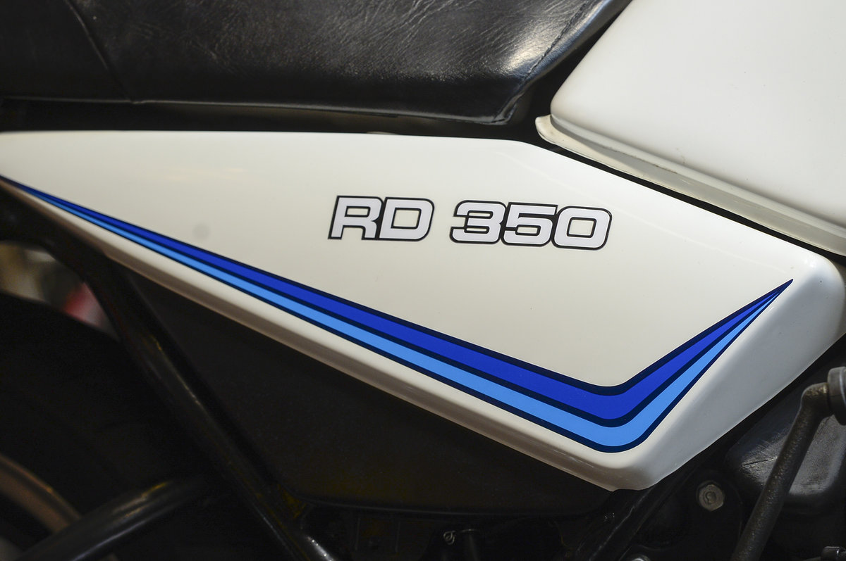 1981 Yamaha RD350LC Stunning Concours Restoration For Sale (picture 5 of 6)