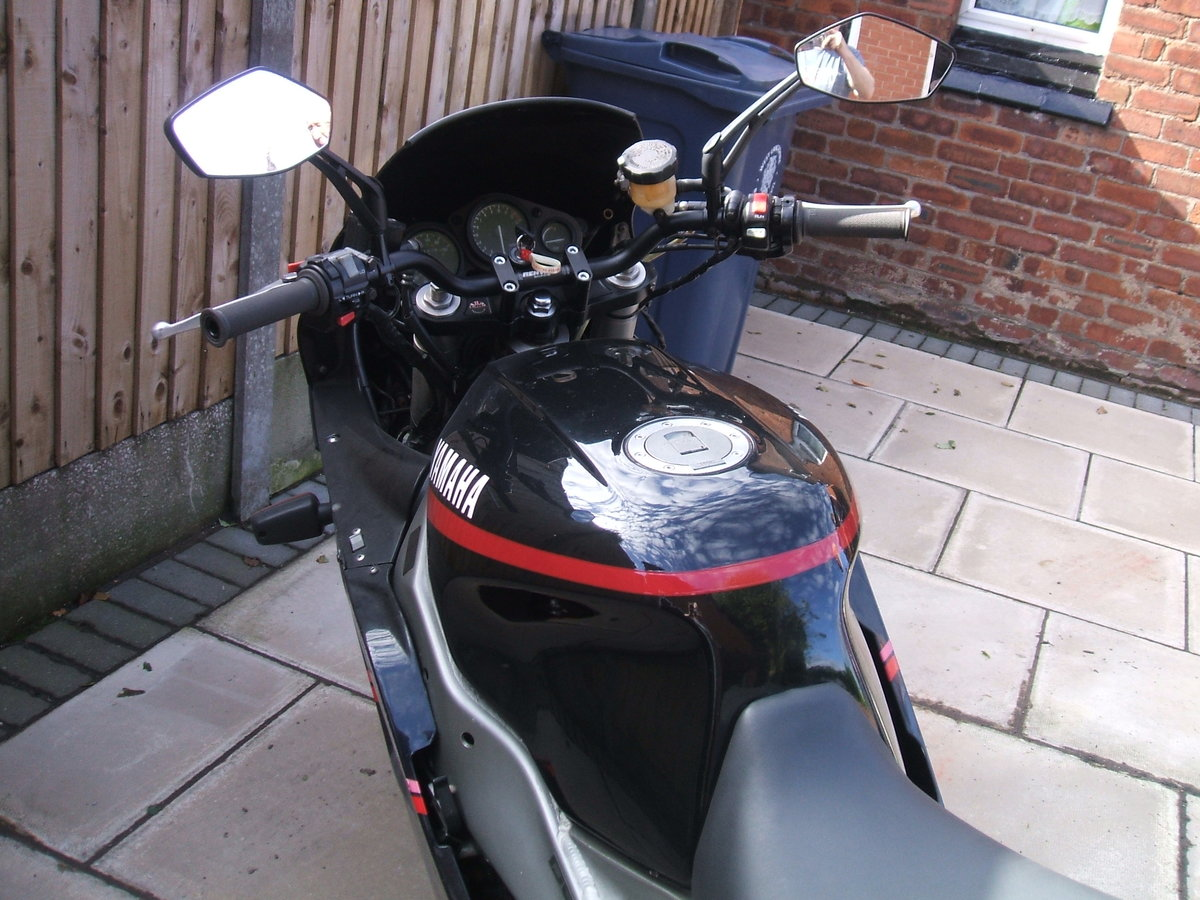 1993 Yamaha FZR1000 For Sale (picture 3 of 4)